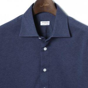 このインナーに着てるシャツって…。え、シャツじゃないの?!