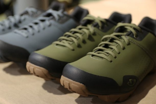 【GIRO PRIVATEER LACE】OLIVE/GUM