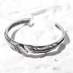 <東京ライフ> Old Feather Bangle - All Silver画像