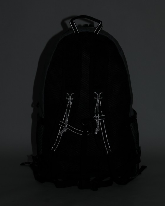 and wanderバックパック【X-Pac 20L backpack】07l