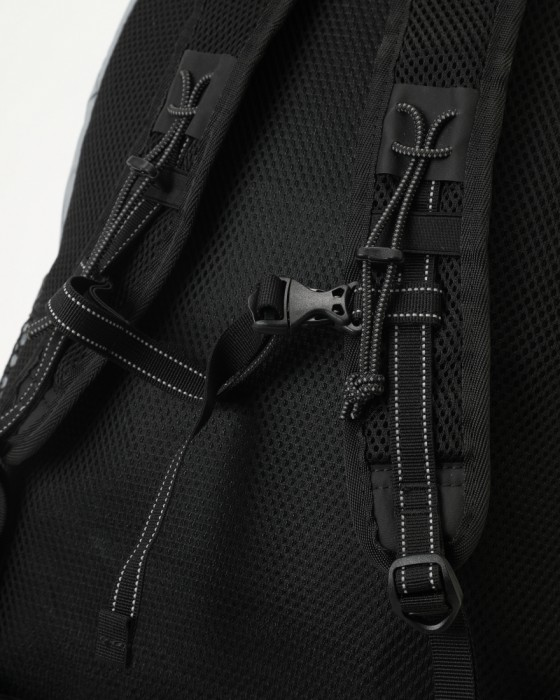 and wanderバックパック【X-Pac 20L backpack】11l