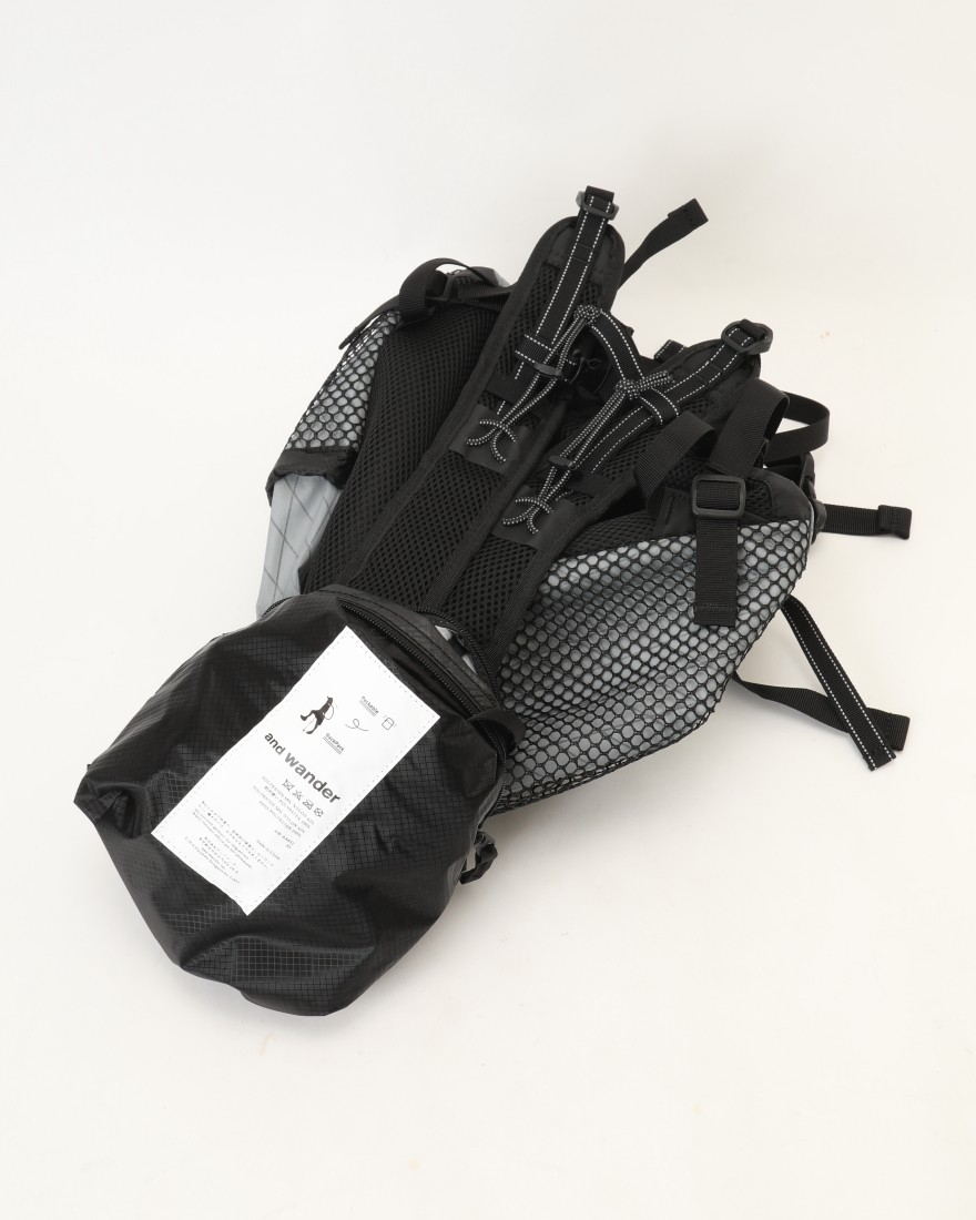 and wanderバックパック【X-Pac 20L backpack】17l