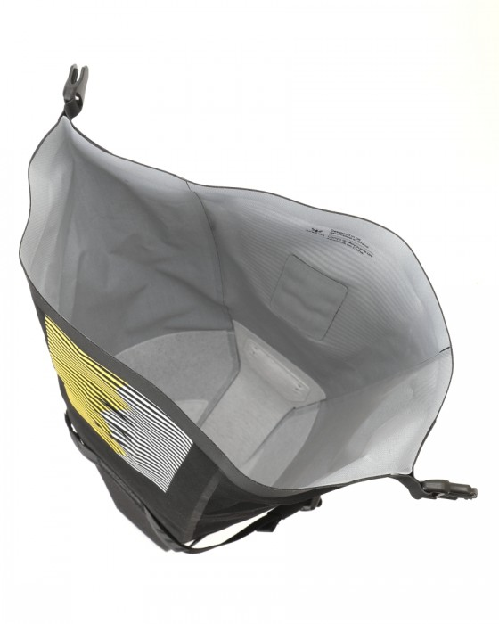 APIDURAサドルバッグ【RACING SADDLE PACK 7L】10l