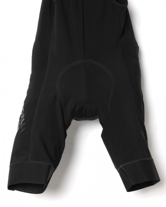 PAS NORMAL STUDIOSフリースビブショーツ【CONTROL FLEECE BIB】03l