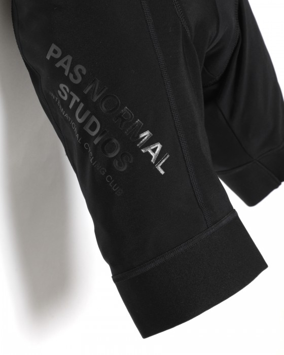 PAS NORMAL STUDIOSフリースビブショーツ【CONTROL FLEECE BIB】05l