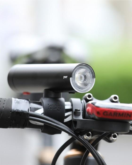 Knog(ノグ) モバイルバッテリー兼用 USB充電式フロントライト【PWR Rider 450LUMEN/2200mAh】