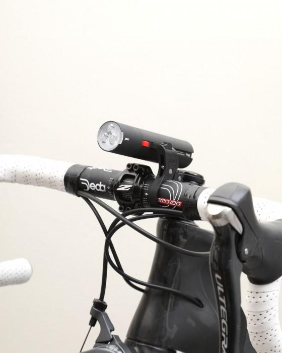 Knog(ノグ) モバイルバッテリー兼用 USB充電式フロントライト【PWR Road 600LUMEN/3350mAh】