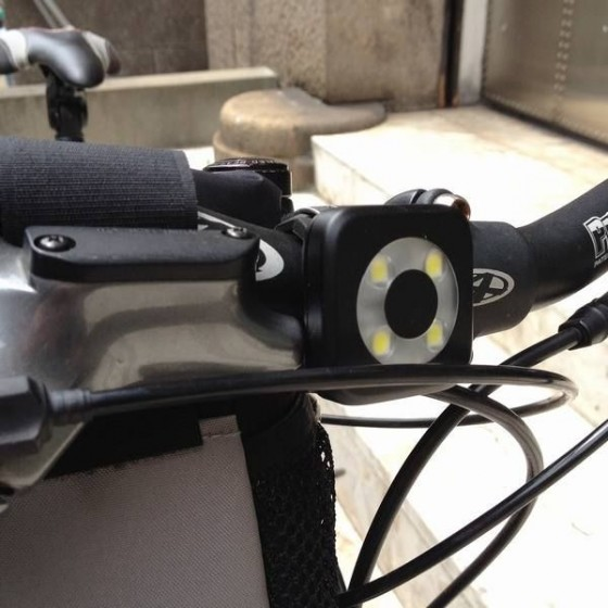 Knog(ノグ) USBリチャージブル 4LEDフロントライト【BLINDER CIRCLE FRONT】