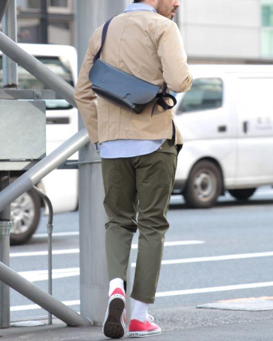Uni(ユニ) レザーメッセンジャーバッグ【Sサイズ】