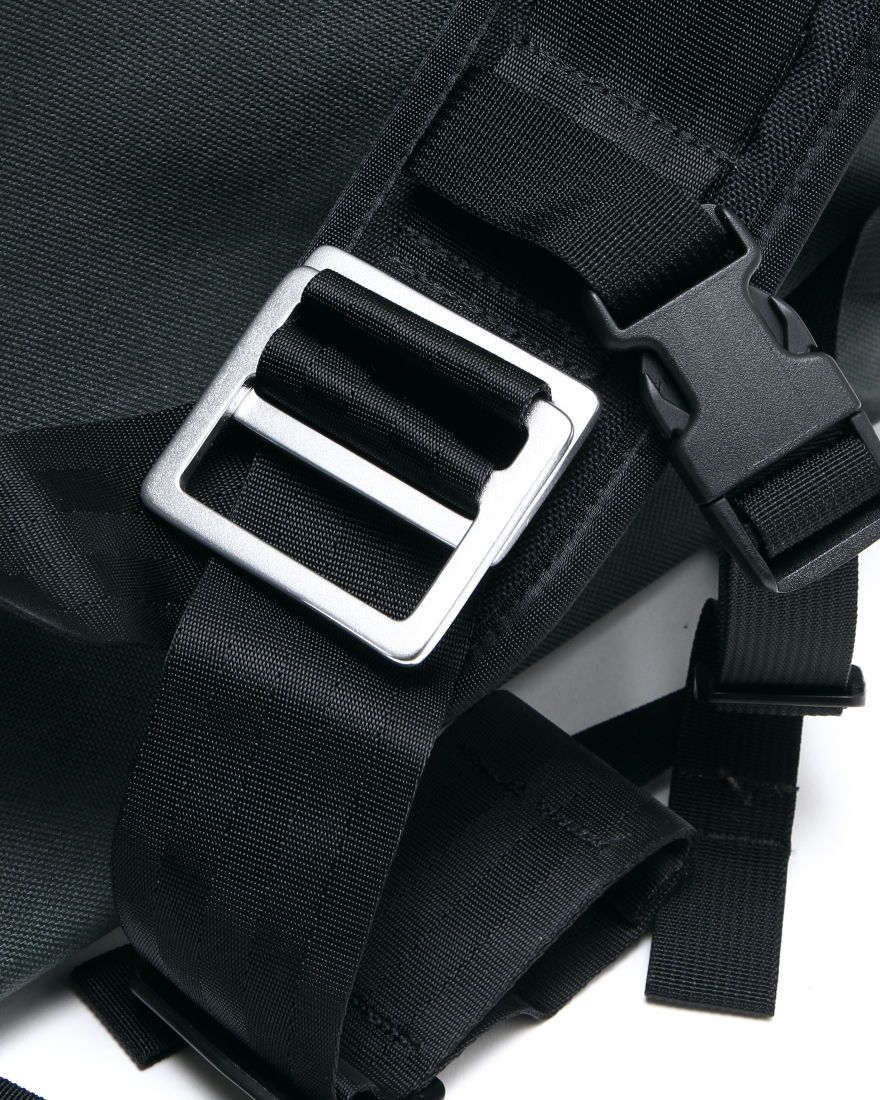 "MISSION WORKSHOPメッセンジャーバッグ【MISSION WORKSHOP/The Rummy】""Classic / Silver Buckle""14l"