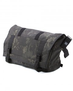 "メッセンジャーバック【MISSION WORKSHOP/The Shed】""Advanced / MultiCam®-Black Camo"""