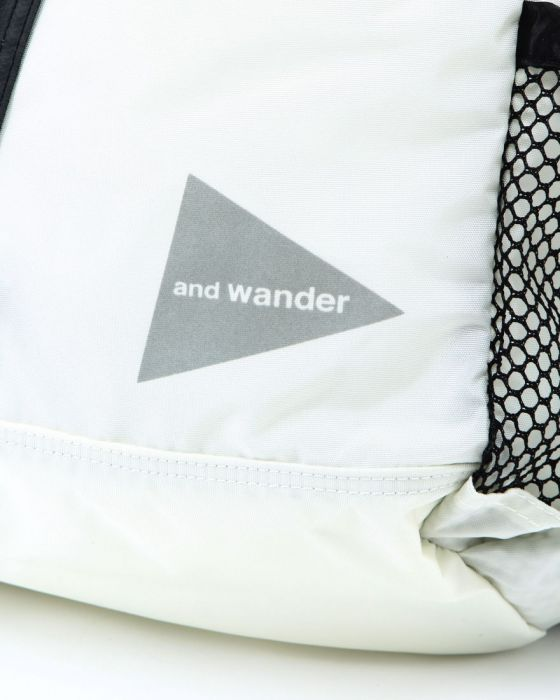 and wanderバックパック【30L backpack】10l